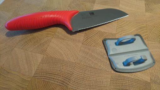Špeciálny kuchynský nôž pre deti KAI Tim Mälzer Junior TMJ-1000